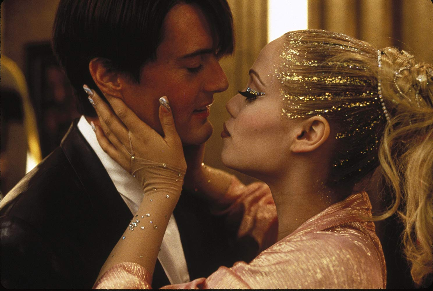 Hyena Selects: Showgirls (1995) met Chris Oosterom